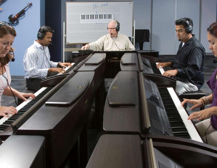 Keyboard Club (11+)